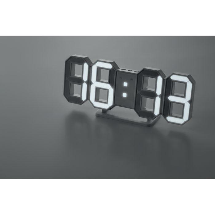 Reloj LED con adaptador AC   . Regalos promocionales y reclamos publicitarios